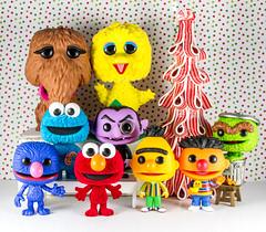 PopXmas-591 (PhotoSkunk) Tags: funko funkopop toy toyphotography toys vinyltoys sesamestreet