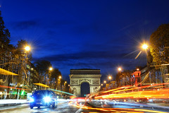 Arc De Triomphe, Paris (Mio Cade) Tags: arcdetriomphe paris france nightphotography night evening trails car traffic travelphotography