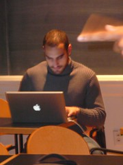 ben in class (alist) Tags: powerbook student mit videogames 02139 robison comparativemediastudies cmsmit