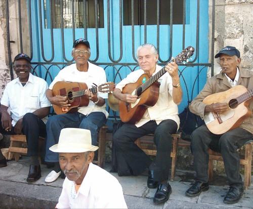 Musicos Callejeros by alOndrita!.