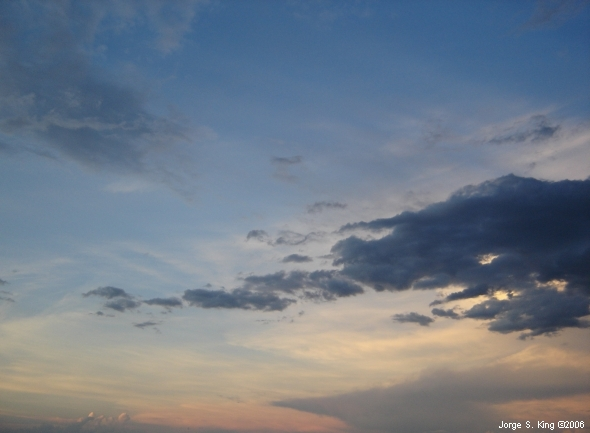 Dibujos en el cielo - Foto de Jorge S. King