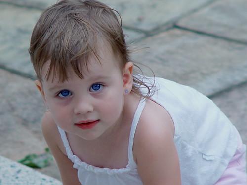 عيون أطفال رائعة.**************** 340332684_c79dce18c7.jpg
