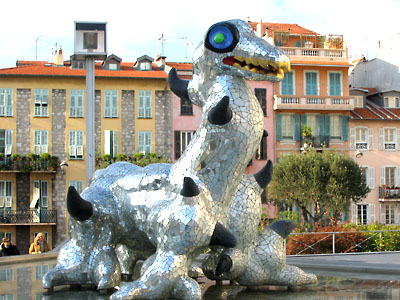 Parvis du théâtre de Nice