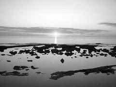 Grigio specchio (Stranju) Tags: bw sole livorno biancoenero terrazzamascagni canonpowershots3is stranju withcanonican unbelpomeriggio