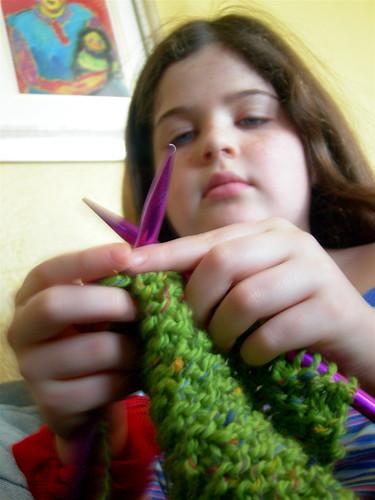Caitrin knits