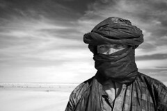 Badi b/w (Emilia Tjernstrm [Arriving at the horizon]) Tags: portrait bw eyes desert north nomad turban mali touareg tuareg tamashek watsonfellowship tamachek fpggold