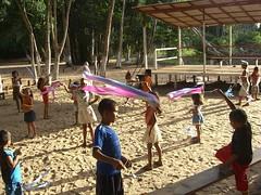 BRINQ - A juggling workshop in Urucureá, Amazônia