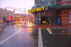 waterfall at bestbuy cambridgeside