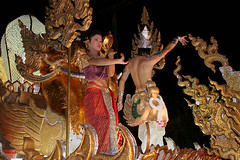 On The Float (justrollthedice) Tags: festival thailand asia dancers south ceremony dancer parade east mai southeast float northern chiang loi krathong kratong lpperform