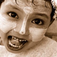 Nia birmana 3 (jorginho.) Tags: child nios myanmar challengeyouwinner ltytr1 jorgetwose