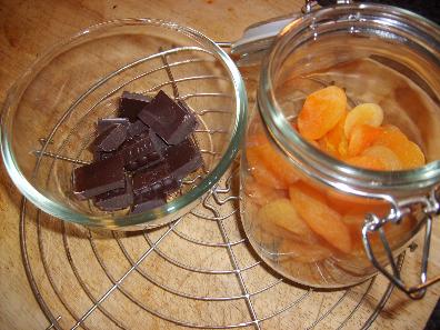 abrikozen en chocolade