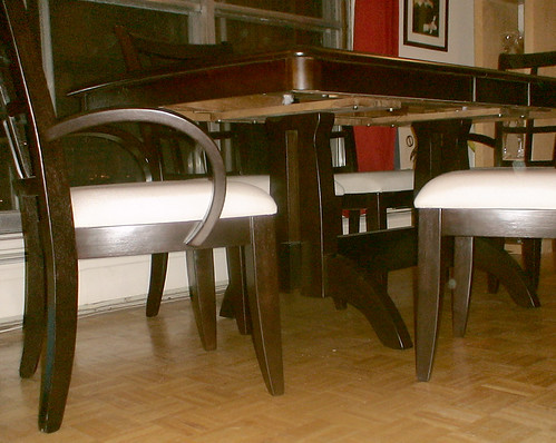 Dining Table Underneath View