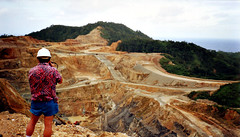Misima Gold Mine (Mangiwau) Tags: new gold bay guinea mines png papua exploration hagen milne portmoresby rabaul wau madang goroka pacifique lae opencut guinee oceanie alotau morobe papouasie papouasienouvelleguinee misima nouvelleguinee