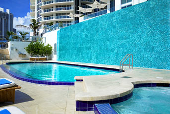 Pool picture of Le Meridien Sunny Isles Beach Hotel in Flordia