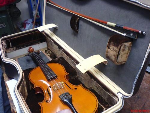 Violin interior wip 1