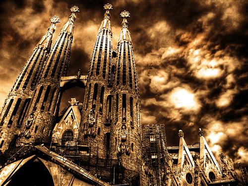 Nhà thờ Sagrada Familia – công trình dang dở của Barcelona từ năm 1883