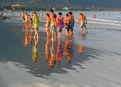 People (R. Aoki) Tags: light brazil people color colour reflection luz praia beach water gua espelho brasil mirror pessoas colorful colourful reflexo cor maranduba colorido supershot diamondclassphotographer flickrdiamond