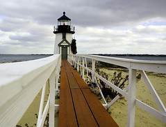 Nantucket: Brant Point Lighthouse (Chris Seufert) Tags: light ma photo newengland nantucket brant 5photosaday brantpointlighthouse