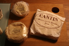 beurre et fromages (cathou_cathare) Tags: france cheese butter fromage beurre saintmarcellin marieannecantin plardon