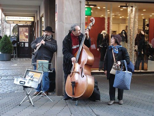 Nurenberg Christmas market - jammin' on the street