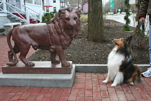 Mac and one of the Red Lion Inn Lions