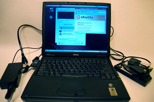 Laptop Running Ubuntu Live CD
