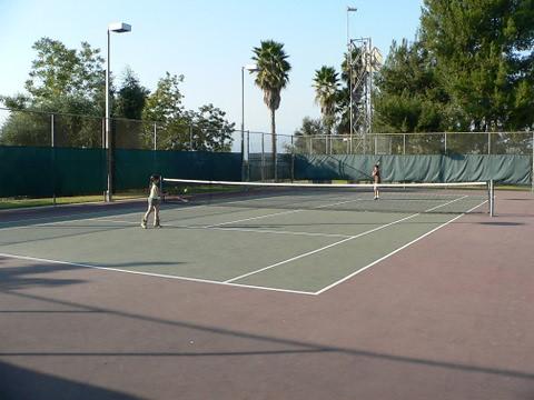Ladera Serra Tennis Courts