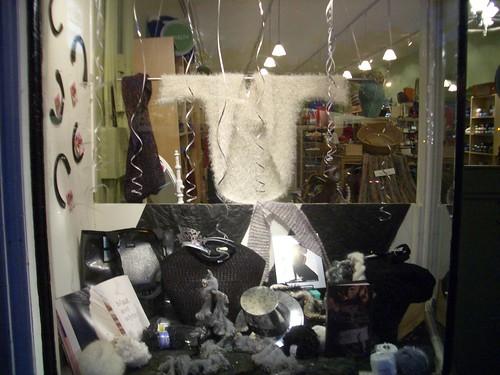 Noe Knit New Years window
