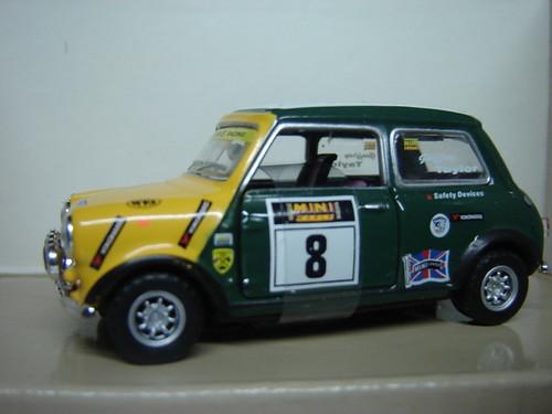 Racing Mini, 1:43.