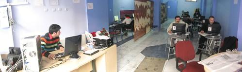 Internet cafe in Erzurum, Turkey / インターネットカフェ(トルコ、エズルム市)