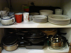 dee's kitchen: Crockery, dinnerware and BBQ accessories!