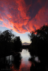 Sunset on the Cam (. Andrew Dunn .) Tags: uk cambridge sunset red england sky cloud reflection silhouette river landscape britain eastanglia rivercam interestingness4 i500 cy2 challengeyouwinner superaplus aplusphoto