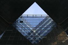 squared (sarmax) Tags: london architecture explore lui londra squared quadrato number1londonbridge finirannoprimaopoinonvipreoccupate pagina29