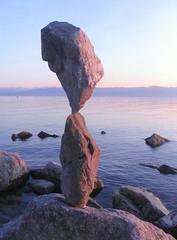 Rockbalance (Heiko Brinkmann) Tags: sculpture nature water 1025fav germany deutschland stones balance bodensee balancing rockbalancing lakeconstance badenwuerttemberg pebblebalancing specnature