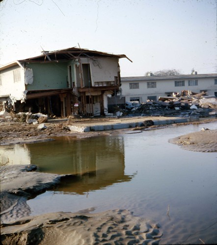 Village Green - Baldwin Hills Flood by srk1941