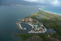 Royal Jamaica Yacht Club (Jamdowner) Tags: sea boat bluemountains aerial kingston helicopter jamaica peninsula yachtclub palisadoes