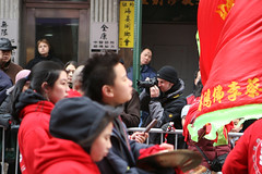 CHTN 3719 (uptick) Tags: nyc chinatown photographer chinesenewyear parade lunarnewyear mottst ef247028l