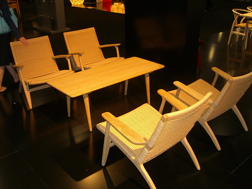 ICFF: Wegner Lounges and Table