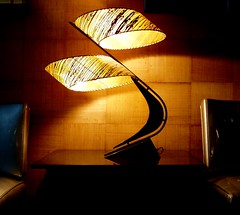 Boomerang lamp at the Riverview (y entonces) Tags: minnesota riverviewtheater riverview midcentury minneapolis boomerang lamp movie theatre theater twincities minneapolisstpaul