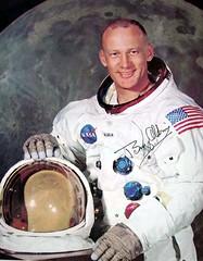Buz Aldrin