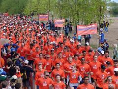 Run For Nike 4 (pooyan) Tags: pooyantabatabaei pnvpcom peopleinthenews sport nike canada toronto centerisland run 2005