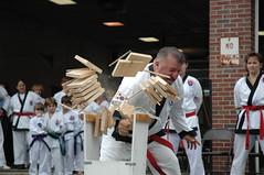 Karate Demo - Duck Race2004