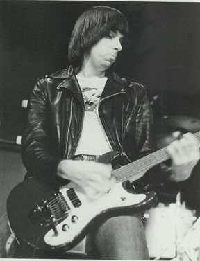 Fotos y videos de Johnny Ramone