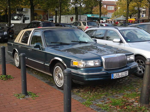1990's Lincoln Town Car