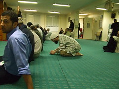 3asr salah  (asr prayer) during working hours (KoRaYeM) Tags: favorite paris france muslim islam prayer pray mosque personalfavorite prayers masjid cotcbestof2006 korayem experienceramadan1428