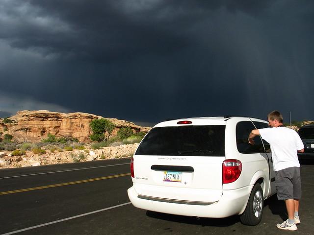 travel vacation sky usa storm car clouds utah funny canyonlands dodgegrandcaravan