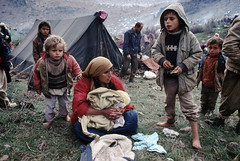 The Crimes of Saddam Hussein (Chris Kutschera) Tags: family refugee iraq border middleeast kurdistan