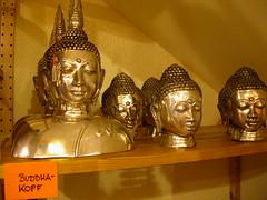Buddhas at Essen Evolution 7