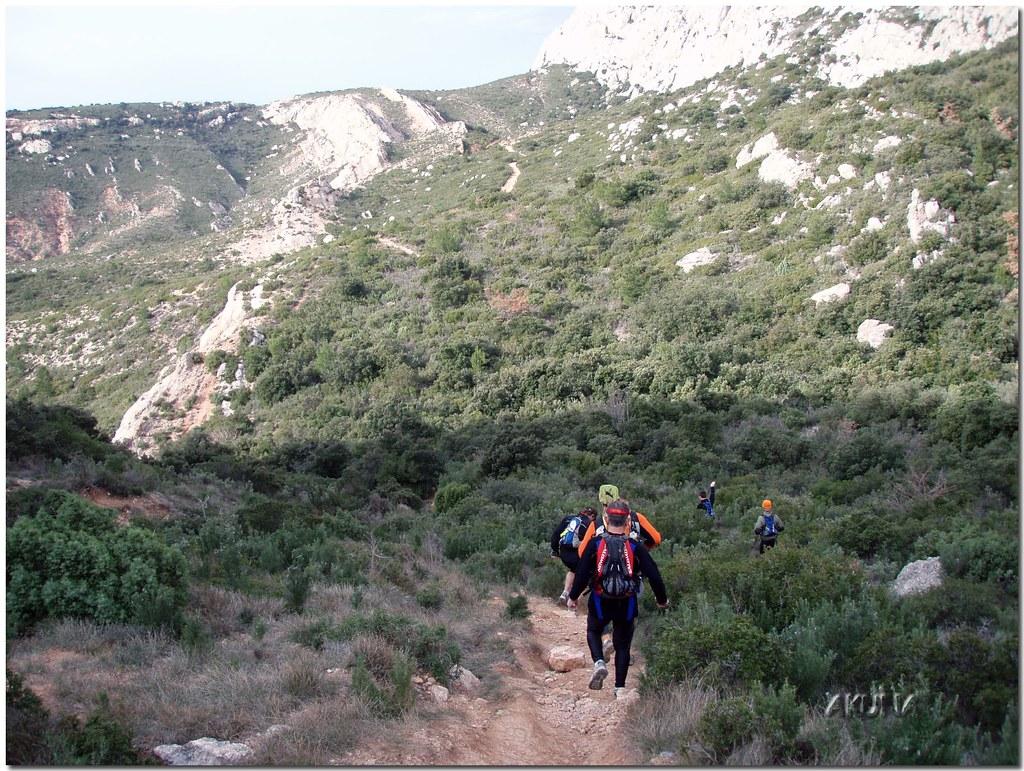 Trail OFF sainte victoire 2007 (13)reworked