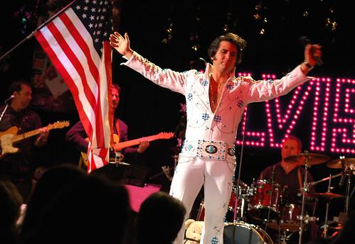 Elvis 2-010